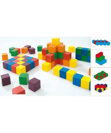 Cubos espaciales con modelos